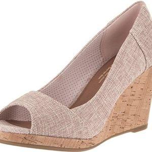 Toms STELLA peep toe nude pink cork wedge heels